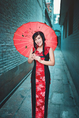 Girl in red (Sài gòn-01665 374 974) Tags: snor sony sigma photography photographer flickr digital new featured light art life colorful colour colours photoshop blend asia camera sweet lens artist amazing bokeh dof depthoffield blur 35mm portrait beauty pretty people woman girl lady person red cyan vietnamese traditional