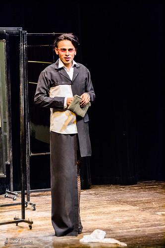 Obra: Amorfo. Por el Grupo Teatro Célula.