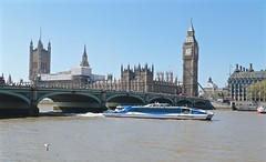 River Boat on the Thames (smilla4) Tags: boat river thames westminsterbridge bigben housesofparliament london england mbna