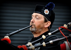 The bagpipe player (Fennemaphotography) Tags: the bagpipe player