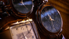 bad habit (Mor-da) Tags: watch macro broken macromondays