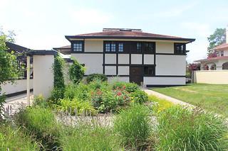 FLW WESTCOTT HOUSE BACK GARDEN