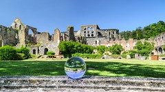 Villers-La-Ville (YᗩSᗰIᘉᗴ HᗴᘉS +6 500 000 thx❀) Tags: villerslaville cristal crystal ball boule bouledecristal belgium belgique bâtiment old ruine ruin hensyasmine