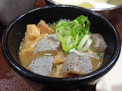 2017-04-15 19-34-30 (Phreddie) Tags: kushikatsu deepfried skewers food japanesefood yum drink osaka japan