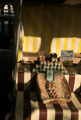 _1250537.jpg (fdc!) Tags: 75paris 75011 agriculturecommerce alimentation aliments alimentsetboissons caractéristiques commerce commerçant contraste contrasté cuisine cuisiner description diététique détail détaillant europe factueldescriptif forain forains france geographique iledefrance manger marchandsambulants marchandsforains marchés nourriture nutrition occident paris petitcommerce repas régime servicesventesaudétail aliment couleur fdc2017 marchanddesquatresaisons marché oeufs opposition opposé petitcommerçant primeur vente épicerie
