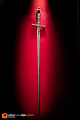 Harry Potter the Exhibition (Victor van Dijk (Thanks for 4M views!)) Tags: harrypotter movie props film screenplay exhibition cinemec warnerbrothers sword eos m3 222 22mm gryffindor fav fave faved favorite