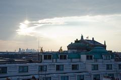 Sur les toits de Paris (Bee.girl) Tags: france 2014 paris 75002 prettysimple opéragarnier ciel sky toits roofs toitsdeparis ladéfense