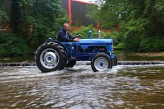 IMG_0467 (Yorkshire Pics) Tags: 1006 10062017 10thjune 10thjune2017 newbyhalltractorfestival ripon marchofthetractors marchofthetractors2017 ford fordcrossing river rivercrossing tractor tractors farmingequipment farmmachinery agriculture yorkshire northyorkshire