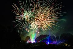 Firework... (MyMUCPics) Tags: feuerwerk firework münchen munich 2017 juli july bayern bavaria westpark gasthausrosengarten sommerfest sommer park longexposure langzeitbelichtung nachtaufnahme nightshot munichnight nacht night