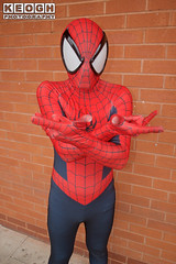 IMG_1829.jpg (Neil Keogh Photography) Tags: gloves spiderman tvfilm marvel theavengers webs boots comics red spidey blue spider theamazingspiderman mask videogames manchestersummerminicon marvelcomics jumpsuit black peterparker cosplayer cosplay male white