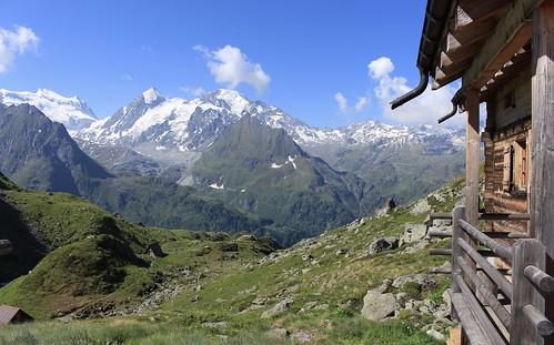cabane de Louvie 2250 mètres