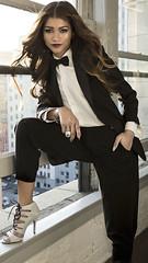 Zendaya Coleman 2 (drno_manchuria (simonsaw)) Tags: zendayacoleman actress actriz modelo model fashion moda tux tuxedo esmoquin bowtie tie shirt camisa black white negro blanco tacones jacket terno menswear shoes pajarita lazo nudo knot