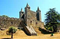 Castelo de Santa Maria da Feira (vmribeiro.net) Tags: feira geo:lat=4092089834 geo:lon=854351699 geotagged portugal prt santa maria da castelo castle sony a350