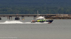 MOD Police Lewis (Lewis MacRae) Tags: hmsqueenelizabeth r08 ro8 police escort mod ministryofdefence kylerheaphotography cormartyfirth invergordon nigg morayfirth royalnavy rn aircraftcarrier brandnew seatrials