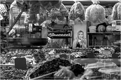 Mercado Central de Valencia (Ifastag) Tags: valencia comunidadvalenciana españa es bw blackandwhite