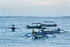 Boats (MelindaChan ^..^) Tags: bali indonesia 印尼 巴里島 kuta beach sand shore chanmelmel mel melinda melindachan water wave boat life people
