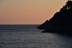 ordinary postcard (pianlux) Tags: post card ordinary cartolina promontorio liguria 5terre mare montagna sera tramonto postcard
