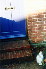England 1999 (Eric Böhm) Tags: milk bottle england 1999 film nikon f70