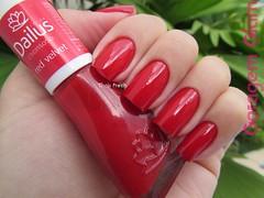 Red Velvet (Dailus) (Thais Frech) Tags: vermelho dailus esmalte cremoso redvelvet