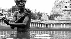 Bathing in Temple Pond (Thiru Murugan) Tags: india tamil nadu taminadu chidambaram natarajar temple pond bathing people bw blackandwhitestreet scene