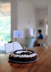 Cake academy (Lars Plougmann) Tags: achievement learning cake flag khanacademy computer reward dscf1189