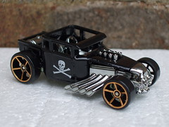 Hot Wheels Boneshaker Hot Rod Black & Gold FTE Wheels (beetle2001cybergreen) Tags: hot wheels boneshaker rod black gold fte