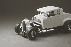 Milner's '32 Ford Coupe _01 (_Tiler) Tags: lego car vehicle ford coupe deuce americangraffiti milner johnmilner georgelucas 32forddeuce yellowdeuce 32fordcoupe 1932fordcoupe hotrod