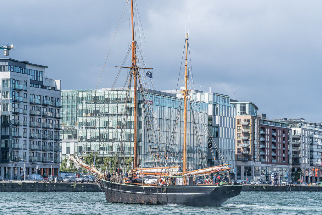 Bessie Ellen - 1904 Historic Trading Ketch [Departing Dublin Port]-129450