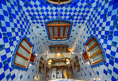 Casa Batlló interior in Barcelona, Spain (` Toshio ') Tags: toshio barcelona spain architecture casabatlló gaudi modernism building interior light windows artnouveau europe european europeanunion tiles
