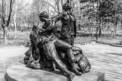 Vietnam War Memorial (Manny Esguerra) Tags: outdoors city cityscape vietnamwarmemorial washingtondc travel sculptures