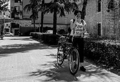 PUNK, CHÁNDAL Y SEITÁN (Walimai.photo) Tags: black white blanco negro byn bw branco preto blanc noir robado candid street parque jesuitas park panasonic lumix lx5
