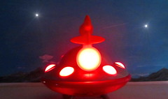Happyland Early Learning Centre iPlay Ailen Space Ship UFO Flying Saucer With Sounds And Lights 2010 : Diorama Bonneville Salt Flats - 3 Of 17 (Kelvin64) Tags: happyland early learning centre iplay ailen space ship ufo flying saucer with sounds and lights 2010 diorama bonneville salt flats