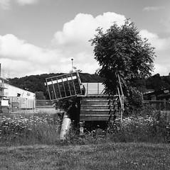Mölndalsån (rotabaga) Tags: sverige sweden svartvitt göteborg gothenburg blackandwhite bw bwfp lomo lomography lubitel166 tmax100 r09 diy 120 6x6 mellanformat mediumformat