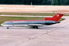 Northwest Airlines   Boeing 727-200   N816EA   Houston Intercontinental (Dennis HKG) Tags: northwest northwestairlines nwa nw boeing 727 727200 boeing727 boeing727200 aircraft airplane airport plane planespotting houston kiah iah n816ea