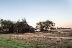 Abandoned Farm House Near Italsca, Texas (element321) Tags: i35w itasca texas vanishingtexas abandoned backroadsoftexas farmhouse rural ruraltexas ruraldecay ruralexploration