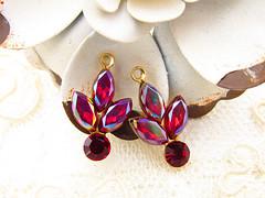 il_570xN.1262624593_532u (AlyssabethsVintage) Tags: vintage rhinestones jewelry supply earring dangles charms antique brass floral rhinestoneflower siam red etsy