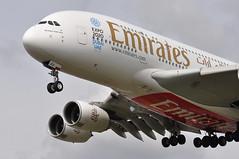 EK0031 DXB-LHR (A380spotter) Tags: approach landing arrival finals shortfinals threshold strobe beacon belly airbus a380 800 msn0205 a6eou expo2020dubaiuaehostcity decal sticker 38m longrangeconfiguration 14f76j429y الإمارات emiratesairline uae ek ek0031 dxblhr runway27l 27l london heathrow egll lhr