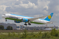 Uzbekistan Airways Boeing 787-8 UK78702, 24-Jun-2017 (Sergey Kustov) Tags: airplane aircraft airliner jet aviation flight takeoff departure liftoff climb runway taxiway airport moscow russia domodedovo dme uudd boeing 7878 dreamliner uk78702 uzbekistan airways hy uzb summer clouds sunlight