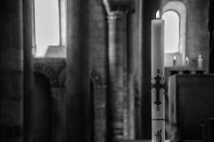Abbazia di S.Antimo - Devozione (Renato Pizzutti) Tags: toscana abbaziadisantimo interni ceri atmosfera spiritualità nikon renatopizzutti