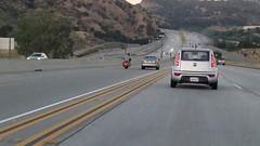Φοβερό τροχαίο μετά από καβγά οδηγών στις ΗΠΑ (newsmag) Tags: ημιφορτηγό ηπα ιχ μοτοσικλέτα σύγκρουση τροχαίο