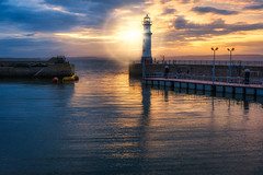 Newhaven Harbour (A Hint of Summer) (Uillihans Dias) Tags: newhaven edinburgh scotland unitedkingdom gb newhavenharbour harbour uk seascape sunset highdynamicrange