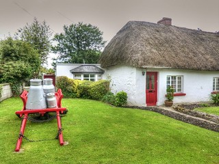 Ireland - Cottage in Adare