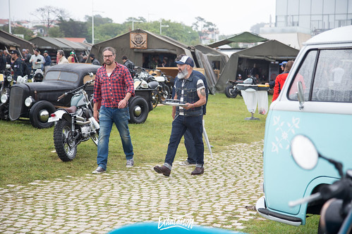 wheels and waves 2017-1548.jpg