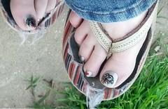 toesies (tammye*) Tags: nail art nailart pedicure feet toes foot flipflops