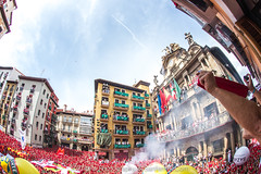 "Javier_M-Sanfermin2017060717024 • <a style=""font-size:0.8em;"" href=""http://www.flickr.com/photos/39020941@N05/35587524692/"" target=""_blank"">View on Flickr</a>"