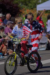 Patriotic Attire (swong95765) Tags: kids boys guys parade ride run outfits colors