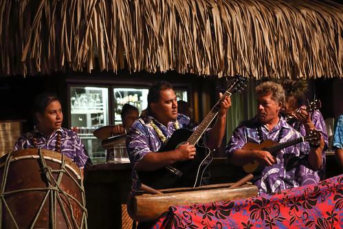 The dance, Aitutaki (06/11)