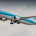 KLM 787-9 leaving Amsterdam for Calgary