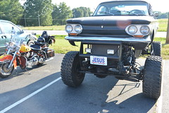Classic Cars Corvair Club Hoyt's Restaurant Lexington, NC Motorcycle Harley Davidson heritage softail 20170710_4252 (Shane's Flying Disc Show) Tags: classiccars corvairclub davidson nc lexinton unsafeatanyspeed daredevils