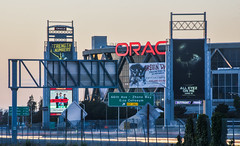 dub nation (pbo31) Tags: bayarea california nikon d810 color june 2017 spring boury pbo31 northerncalifornia lightstream traffic roadway motion oakland eastbay alamedacounty nba finals warriors goldenstate championship oracle arena 880 highway dubs basketball sport sunset sign